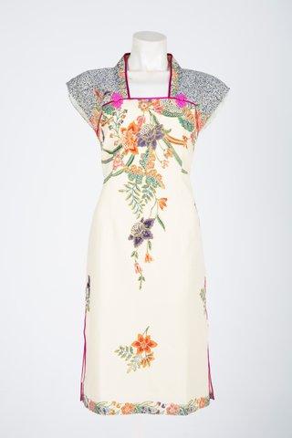 0032 Qi Pao Kimono neckline                Size : L