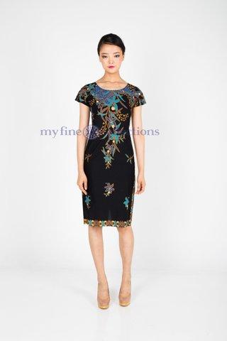 30090  Dress w/boat neckline            Size : S to 3XL